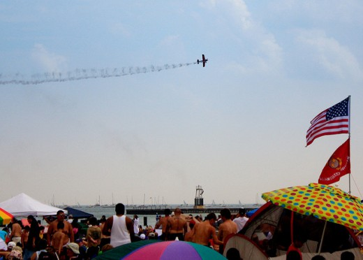 Air Show. Credit: Bert Heird / Flickr