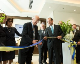 Swedish Covenant Opens Mayora Rosenberg Women's Health Center, #BreakingDownWalls