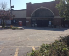 Residents Support Whole Foods Liquor License, Reps Unveil Plans