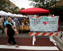 Andersonville Farmer's Market Starts Off This Year With New Vendors And Events
