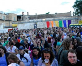 Ladies Take On Andersonville: Back Lot Bash Grows