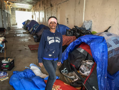 Edgewater S Homeless Foster Kids Begin To Be Relocated